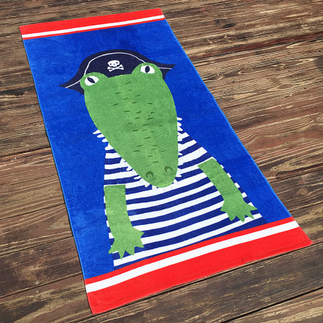 Полотенце махровое, зеленое. Пиратский крокодил.