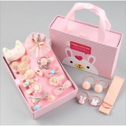 Набор детских заколок. Персиковый 18 штук в подарочной коробочке.