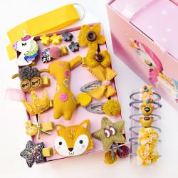 Набор детских заколок. Желтый Лис 24 штук в подарочной коробочке.