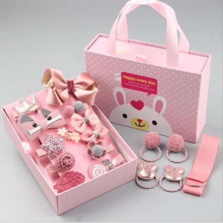 Набор детских заколок. Пудровый 18 штук в подарочной коробочке.