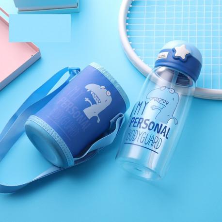 Бутылка с чехлом пластиковая, поильник, синяя. Дино-телохранитель. 700 мл.