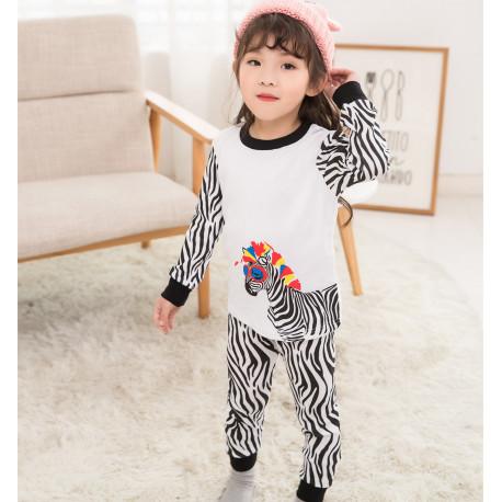 Пижама для девочки, белая. Стильная зебра.