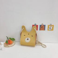 Сумка детская, сумка через плечо, бежевая. Веселый заяц.