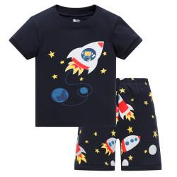 Пижама для мальчика, черная. Космонавт в ракете.