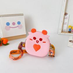 Сумка силиконовая детская, сумка через плечо, розовая. Анимешный баранчик.