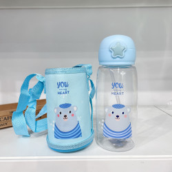 Бутылка с чехлом детская пластиковая, поильник, голубая. Мишка. 700 мл.