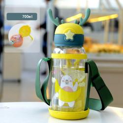 Бутылка с рожками детская пластиковая с силиконовым чехлом, поильник, зеленая. Мишка и месяц. 750 мл.