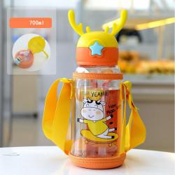 Бутылка с рожками детская пластиковая с силиконовым чехлом, поильник, оранжевая. Коровка - скейтер. 700 мл.